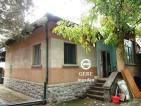 Eladó családi ház Kismaros központi részén. 9.5 M ft - 26864