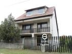 Eladó családi ház Csörög csendes részén. 11 M ft - 27245