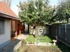 Eladó takaros családi ház Verőce központjában. 13.95 M Ft - 30061