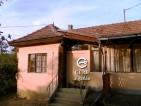 Eladó családi ház Őrbottyán központjában. 8.95 M Ft - 30104