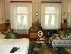 Eladó családi ház Vácon. 15.5 M Ft. - 32593