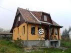 Eladó családi ház Erdőkertesen. 9.5 M Ft. - 30775