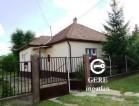 Eladó felújított családi ház Rádon. 15.9 M Ft. - 31676