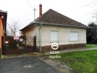 Eladó családi ház Váchartyánban. 7.95 M Ft. - 33029