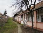 Eladó családi ház Kemence csendes részén. 4.49 M Ft - 33571