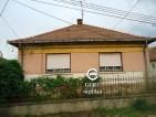 Eladó felújítandó családi ház remek áron Romhányban. 2.8 M Ft - 34792