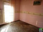 Eladó társasházi lakás Vácon a Földvári térhez közel. 12.5 M Ft - 34997