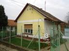 Eladó családi ház Vácduka központjában. 5.75 M Ft - 35179