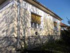 Jásztelken kockaház nagy telekkel eladó - 39065